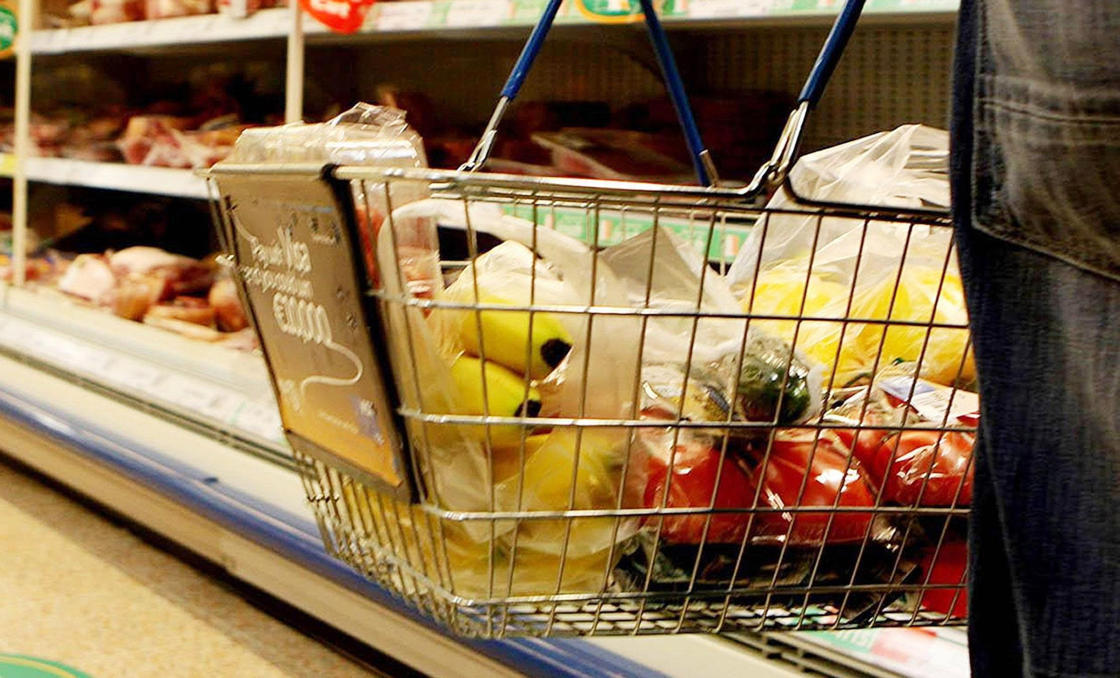 Pro-EU campaigners have calculated the cost of a basket of shopping since the June 2016 referendum.