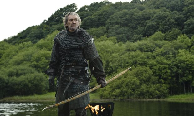 Clive Russell gra o tron