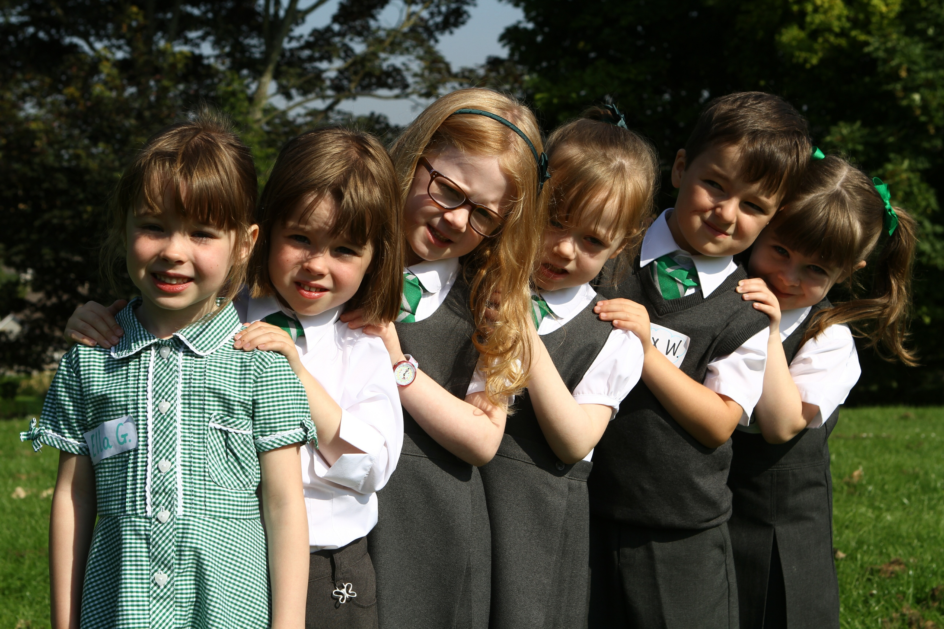 L-R: Ella & Mary Grimmond, Jessica & Pippa Donald, and Max & Lola Wood.