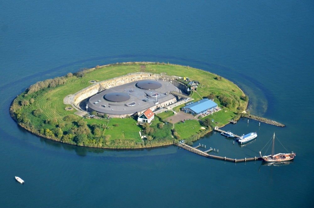 fort-pampus