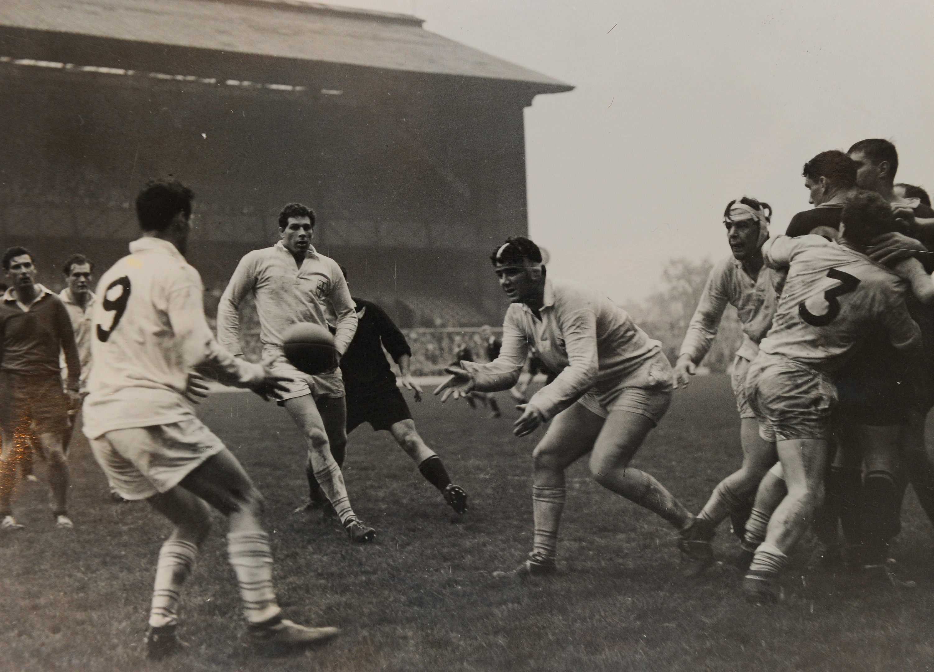 Frans centre , passing ball for London Counties V All Blacks in 1963.