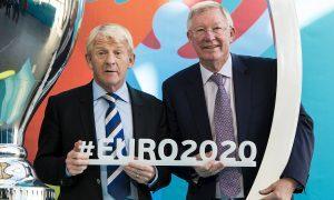 Scotland manager Gordon Strachan (L) and Sir Alex Ferguson at the Glasgow 2020 logo launch.