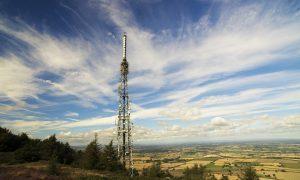 Phone mast hosts urged to start negotiating