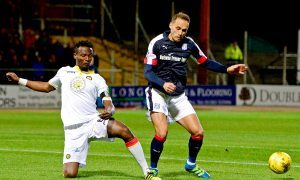 Players are right behind manager Paul Hartley, insists Dundee's Tom Hateley