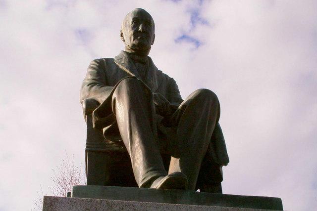 Reid's statue at the Reid Park, Forfar.
