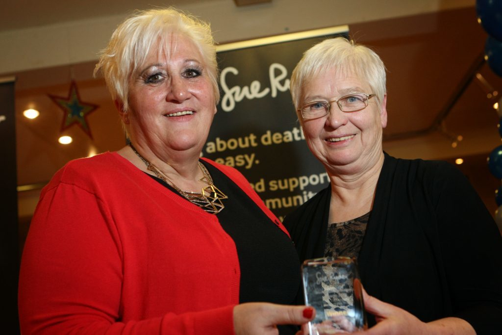 Fiona Cargill and Linda Barclay with the award.