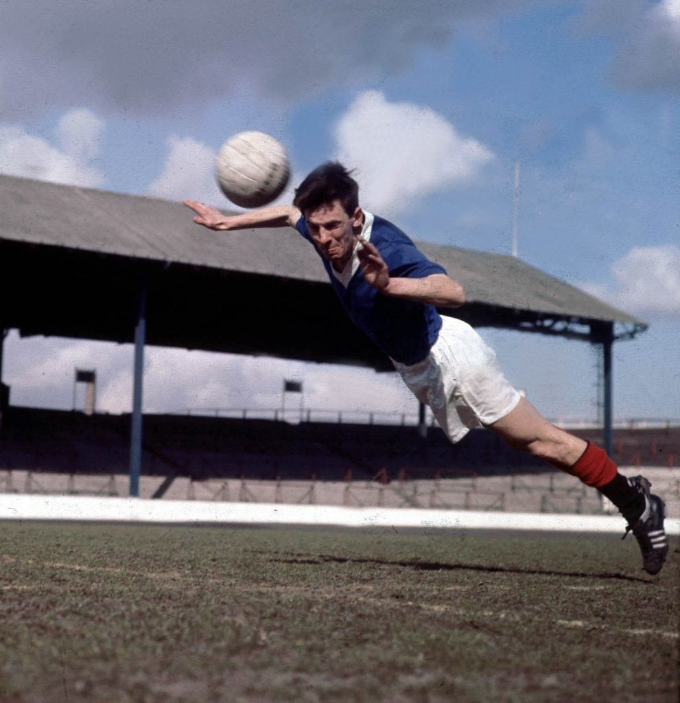 Max Murray, 80, Scottish footballer (Rangers, West Bromwich Albion).