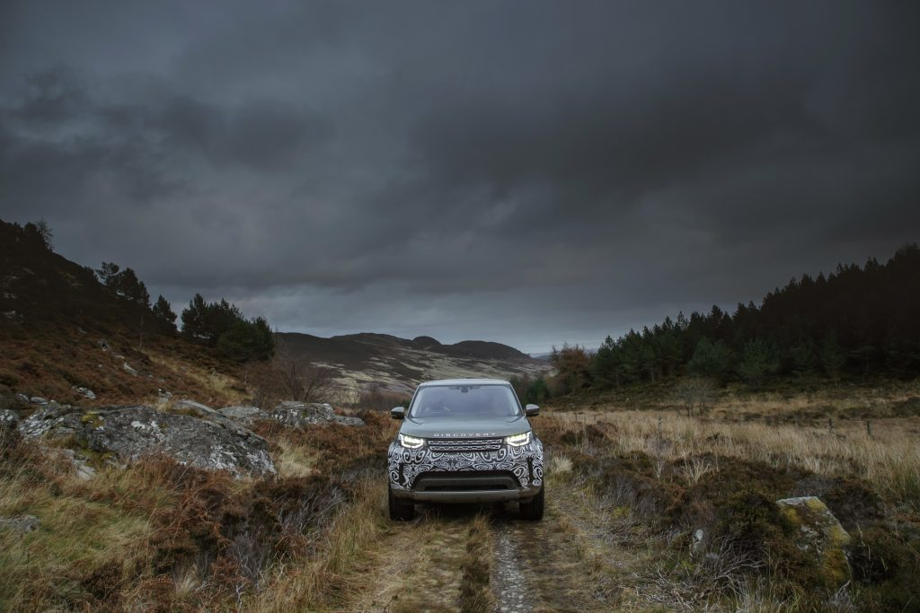 new-land-rover-discovery-prototype-at-dunkeld-55-jpg