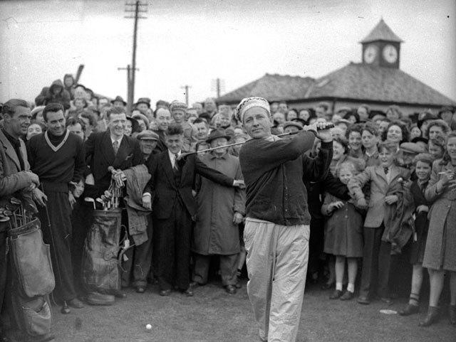 Bing Crosby golfing at St Andrews in 1950