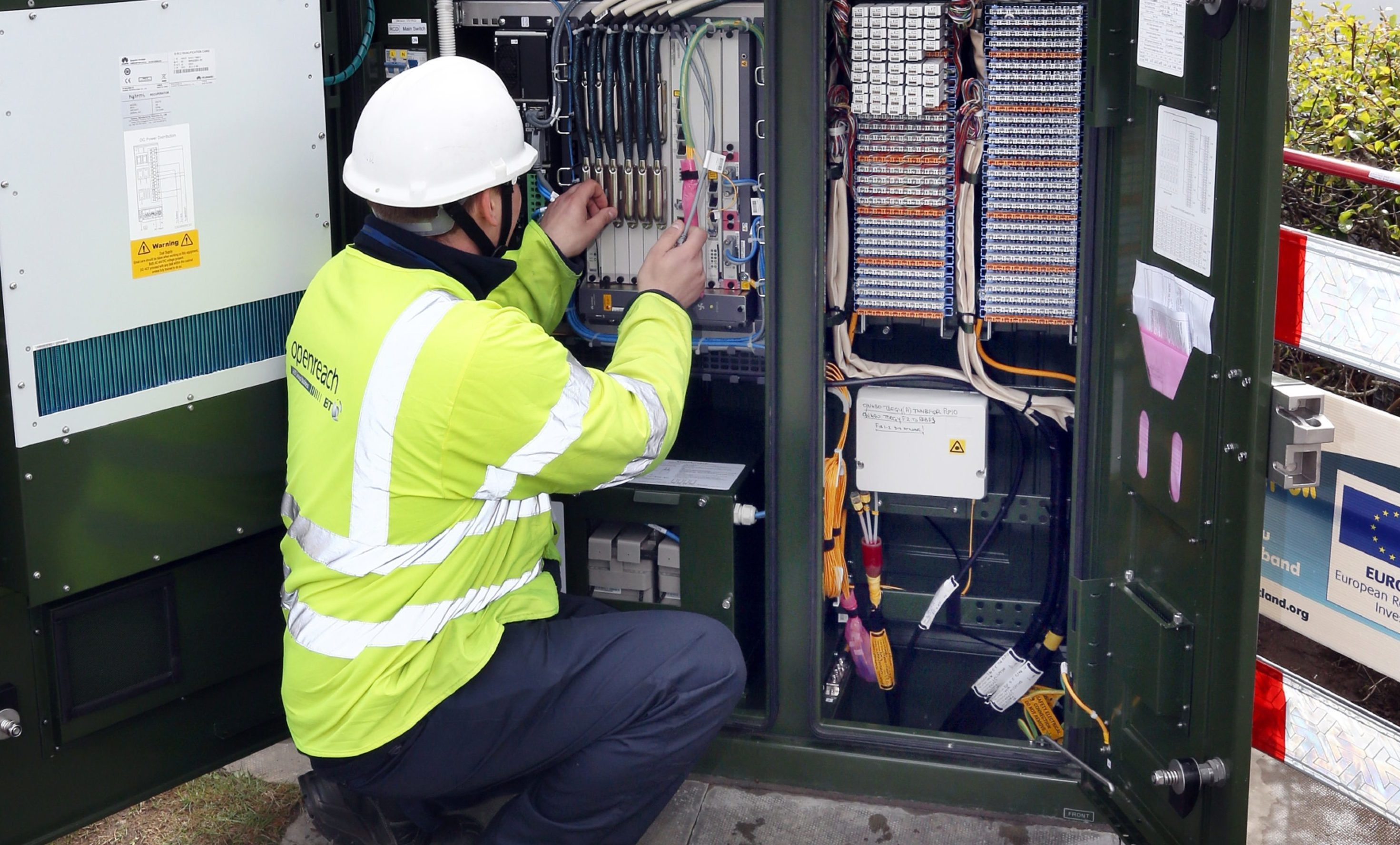The Federation of Small Businesses want a better broadband service for rural firms in Scotland.