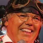 Roy 'Chubby' Brown performs charity gig in Angus for Santa