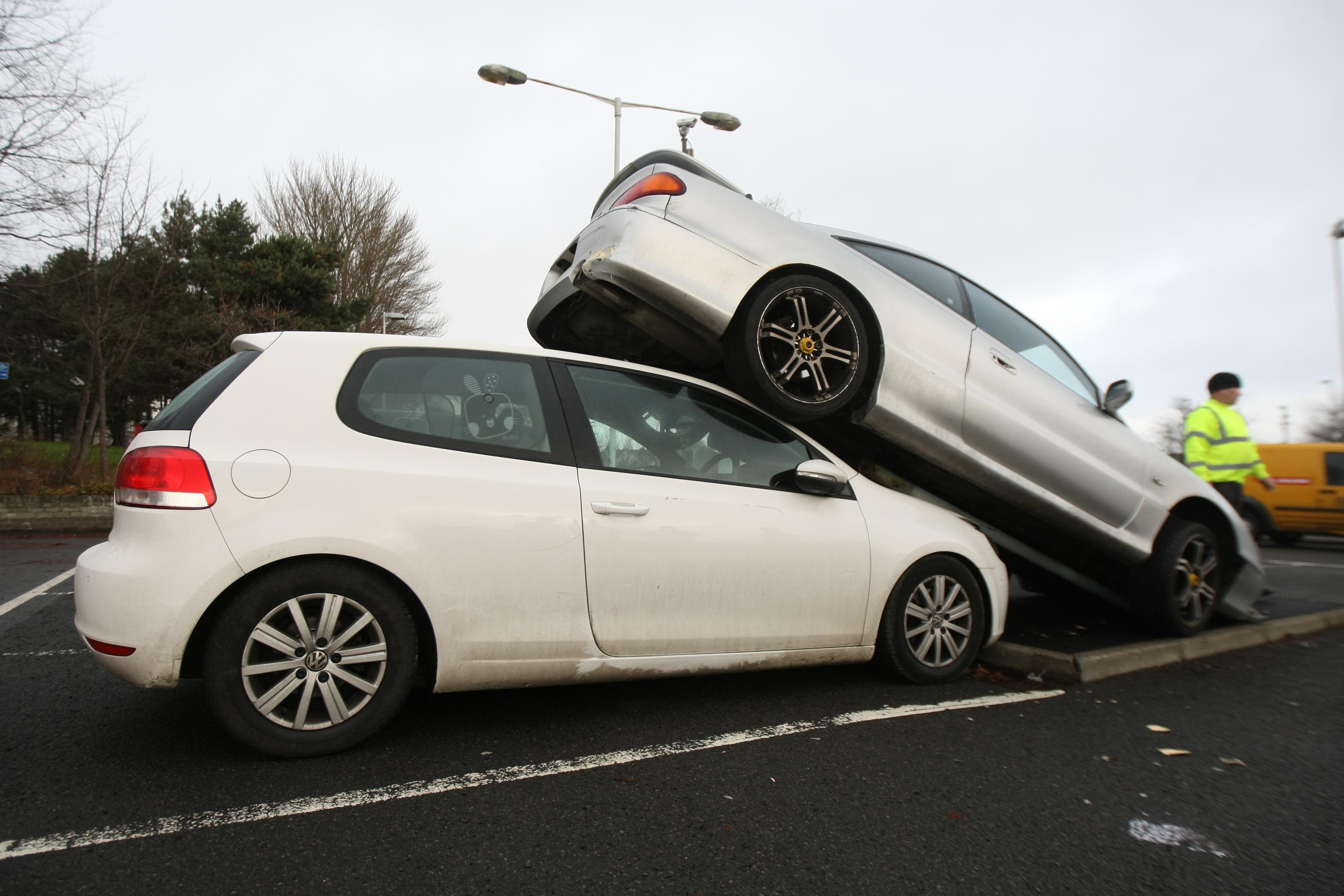 The car pile-up at Kirkcaldy rail station.