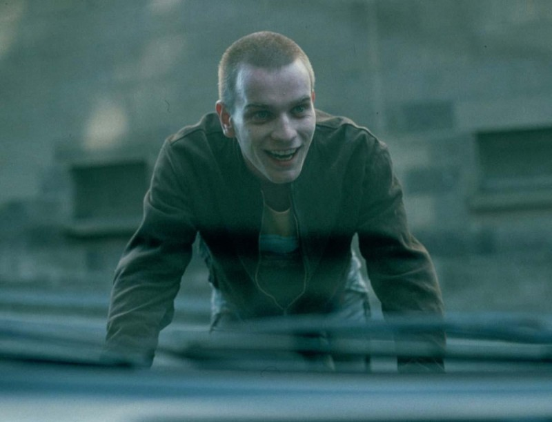Ewan-McGregor-Trainspotting-Photo-800x611
