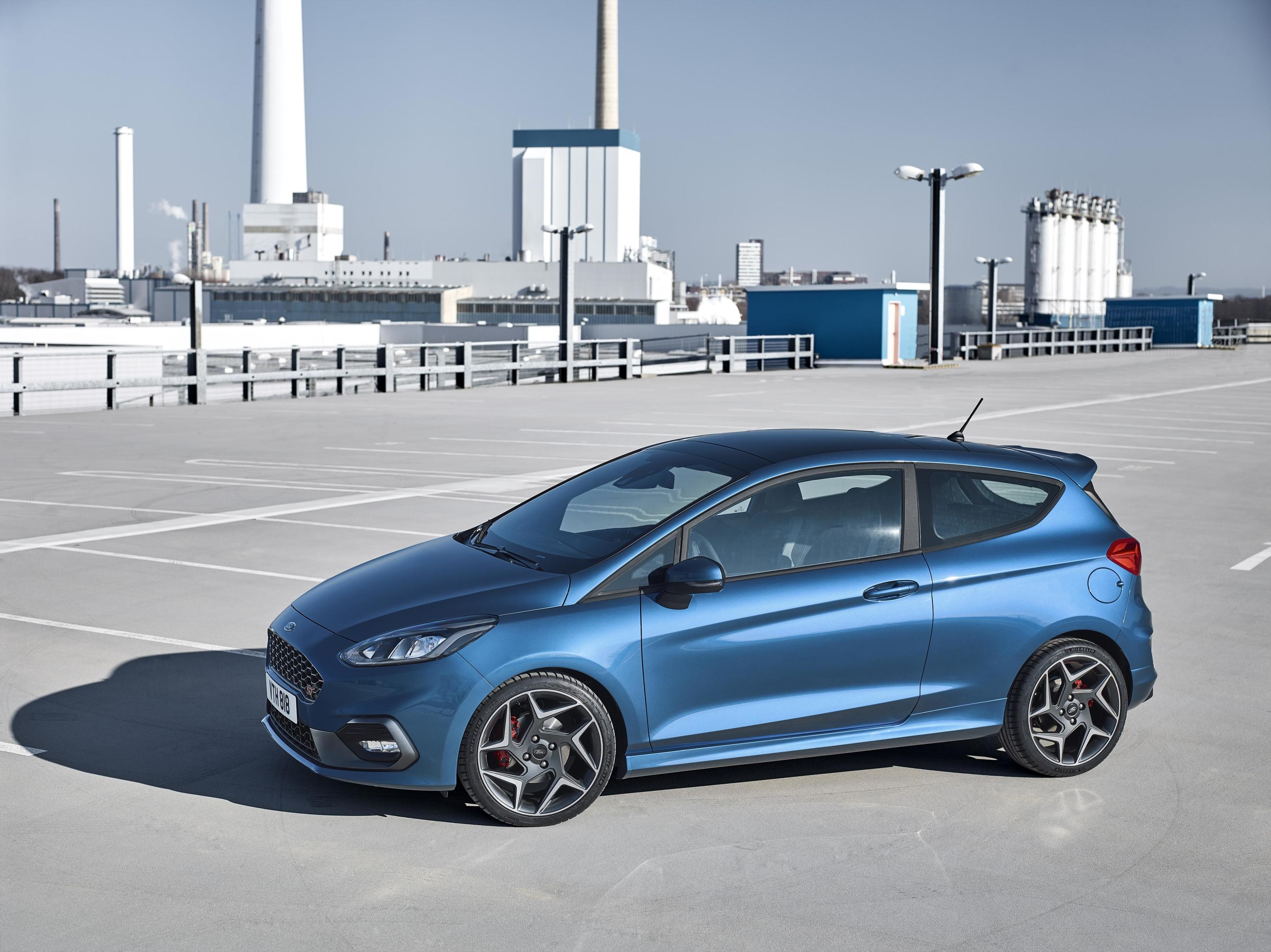 wraps are off ford fiesta st the courier. Black Bedroom Furniture Sets. Home Design Ideas