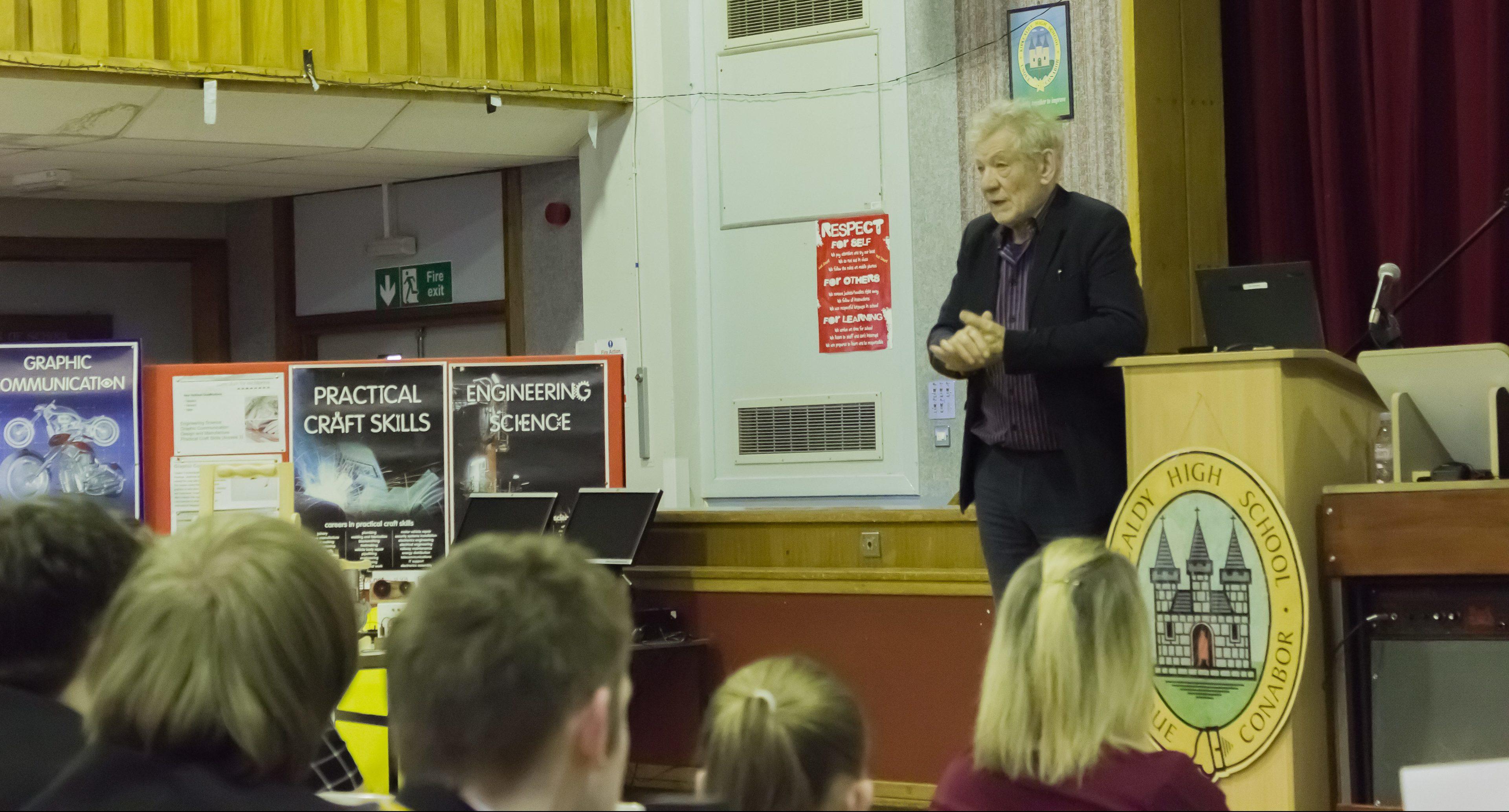 Sir Ian addresses students at Kirkcaldy High.