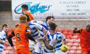 25/02/17 LADBROKES CHAMPIONSHIP     DUNDEE UNITED v MORTON    TANNADICE - DUNDEE     The ball deflects off Dundee United's Mark Durnan to make it 1-1.