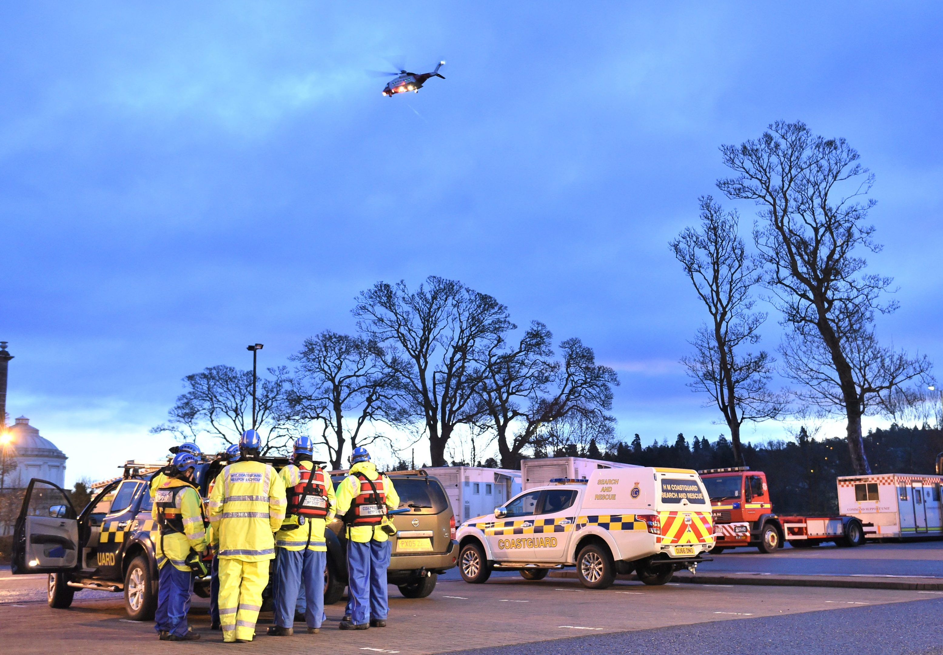 Emergency services involved in the search for a man who entered the River Tay in Perth.