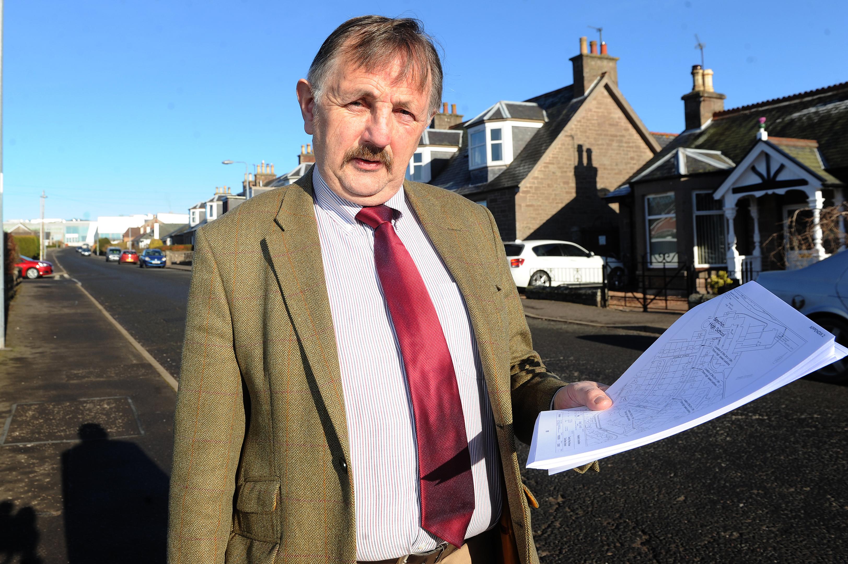 Councillor Bob Myles supported the application.
