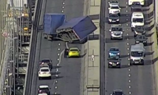 Forth Road Bridge shut after HGV overturns in high winds