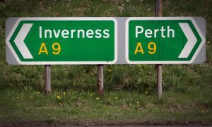 stock_dct_A9_road_sign_perth_inverness