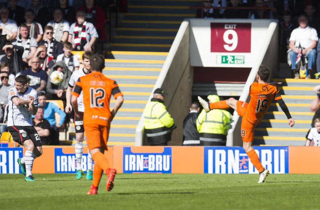 25/03/17 IRN-BRU CUP FINAL DUNDEE UTD v ST MIRREN FIR PARK - MOTHERWELL Dundee Utd's Tony Andreu (3rd from right) opens the scoring with a volley