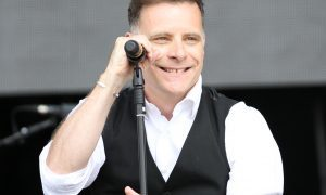 Deacon Blue get MoFest birthday party off to cracking start