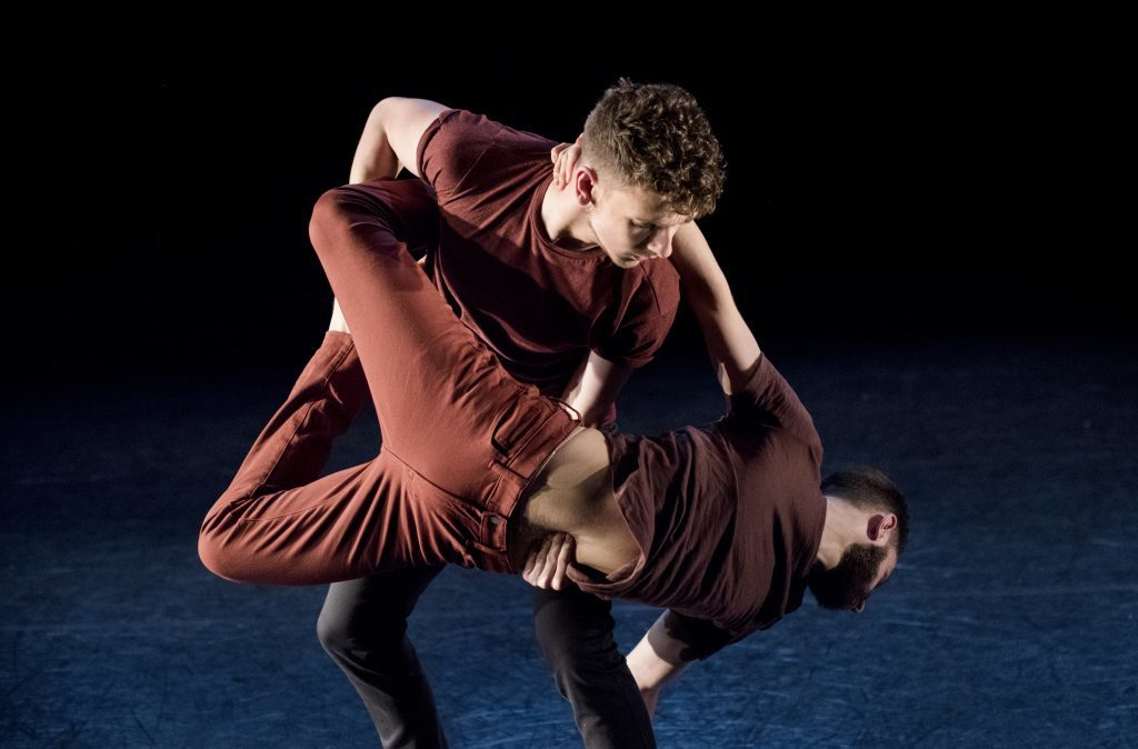 EDge dancers James Rosental and Luca Braccia performing Consumed by Karen and Allen Kaeja_Imageby_CamillaGreenwell_DSC_0259