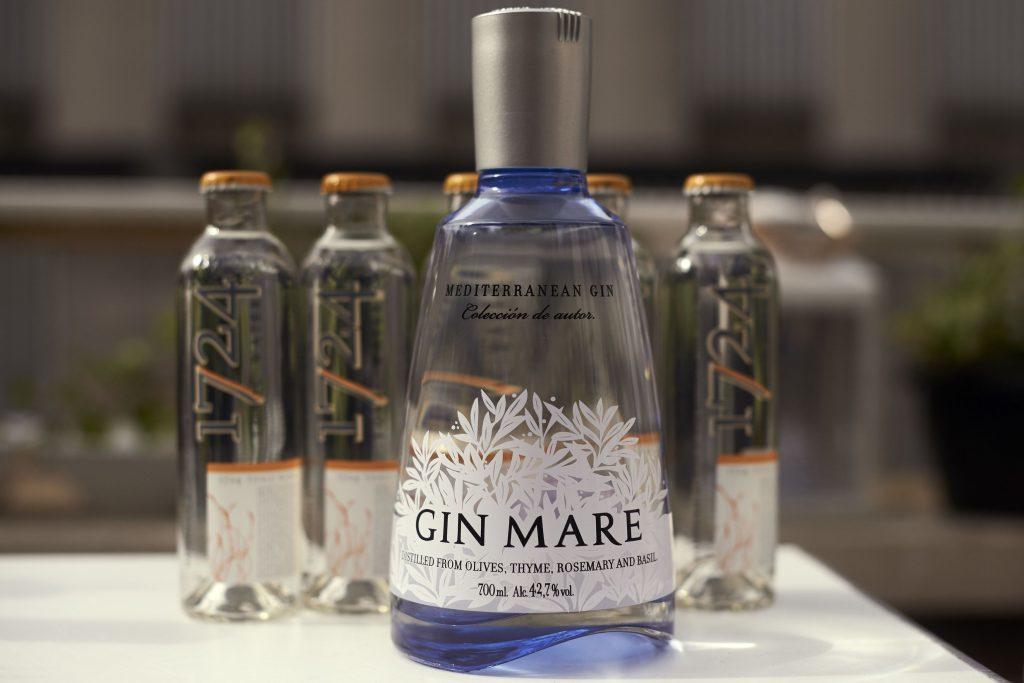 DRINK Gin 092695