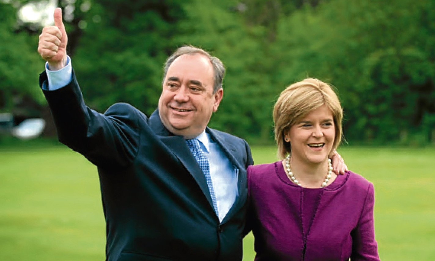 Alex Salmond and Nicola Sturgeon celebrate election victory in 2007.
