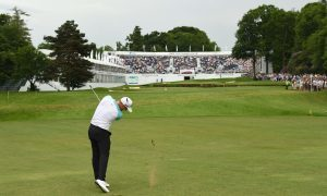 Noren avoids the rain to snatch the BMW PGA title with record 62