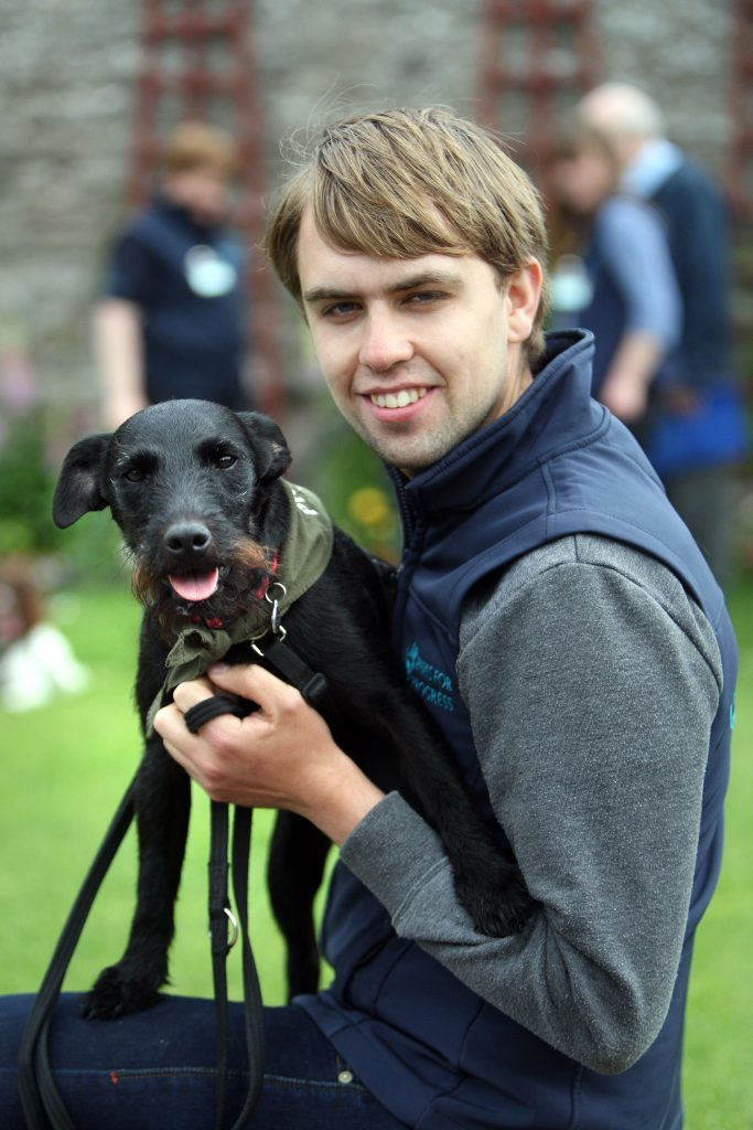 Mojo and David McIntyre (who went through the program at Polmont and now works with Paws for Progress). Tuesday, 30th May, 2017.