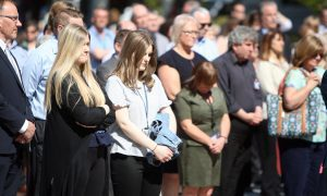 VIDEO: Dundee observes minute's silence for Manchester terror victims