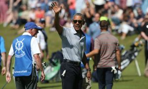 Barack Obama draws the crowds to Old Course, St Andrews