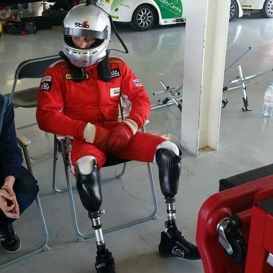 Accident In Surrey Today >> Double amputee racer Davie determined to support Billy ...
