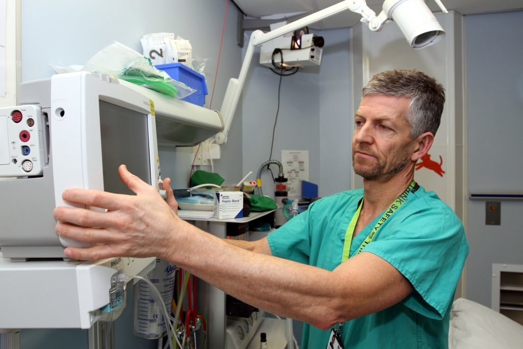 Consultant Anaesthetist Grant Rodney.