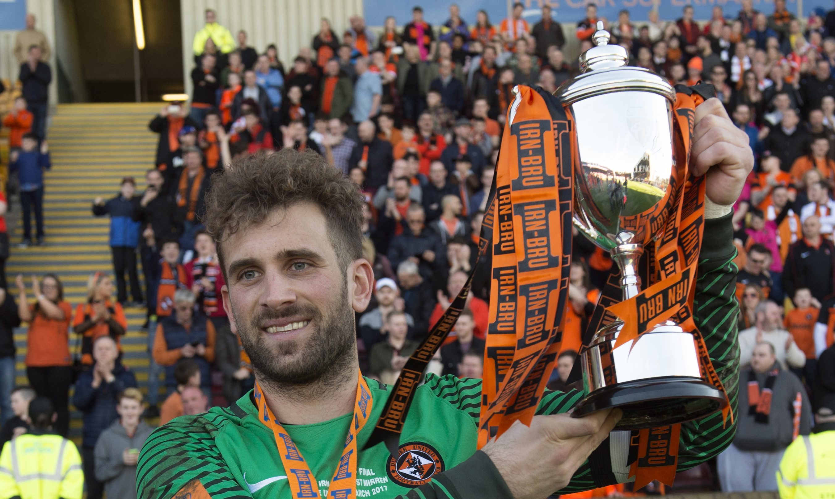 Cammy Bell with the trophy last season.