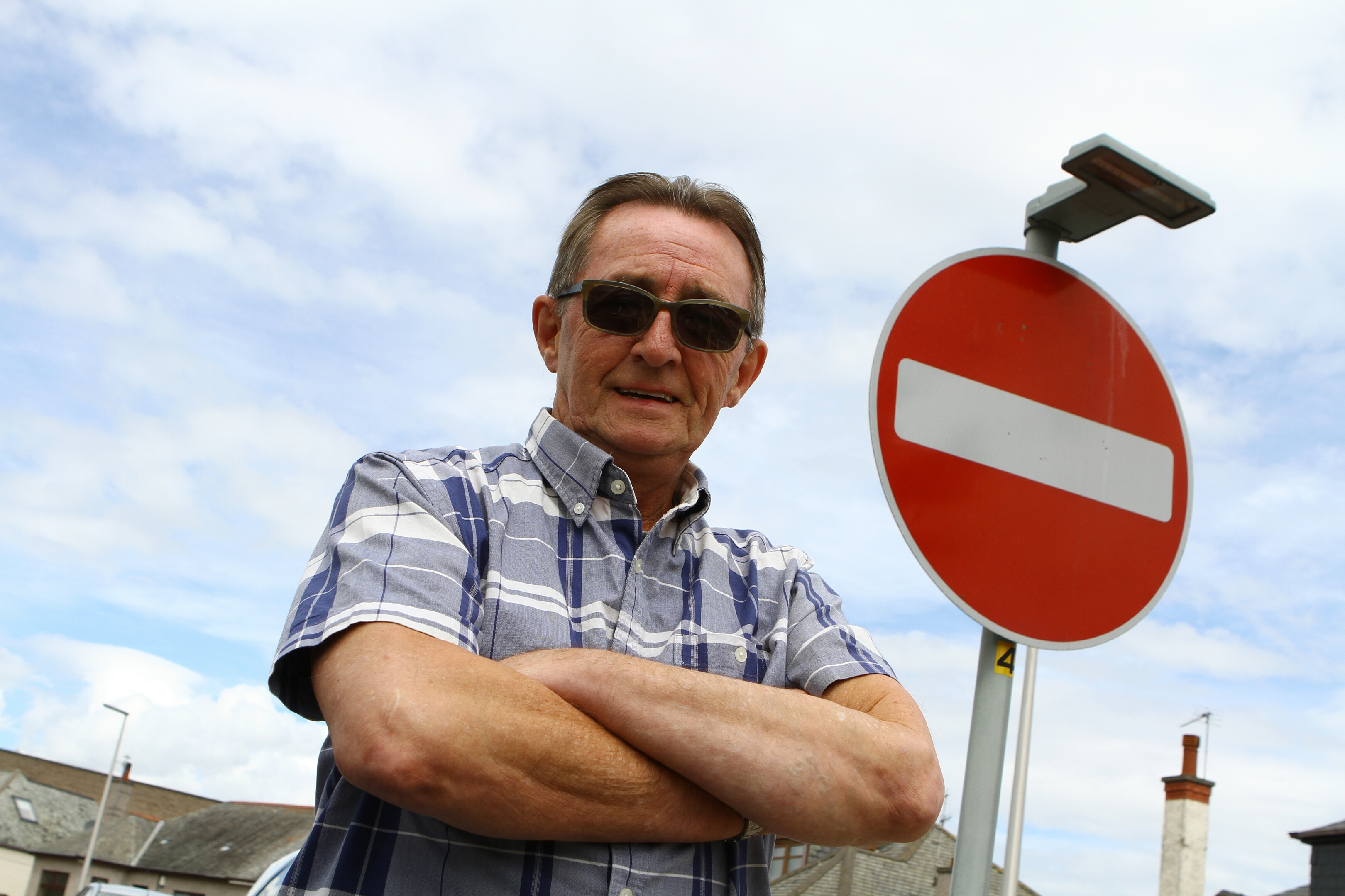 Resident Charlie Steele says he has seen HGVs reversing back up the one-way street