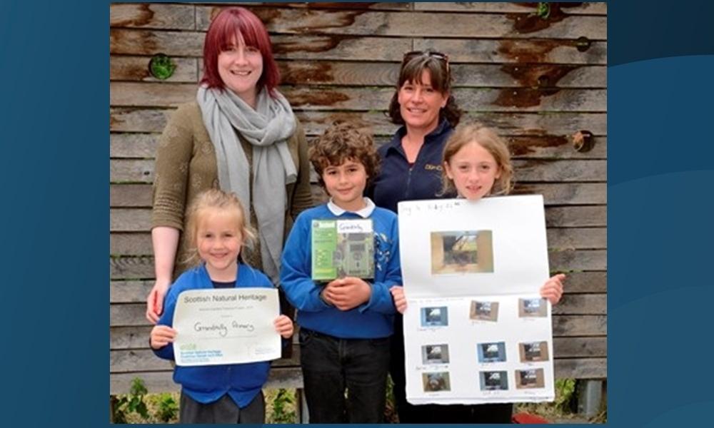 Ciara Gibson, teacher at Grandtully, Heather Hamilton, Highland Perthshire Communities Land Trust HPCLT), Project Officer, Freya Karg, P5, Jago Bakshy, P4, Minette McElroy, P1.
