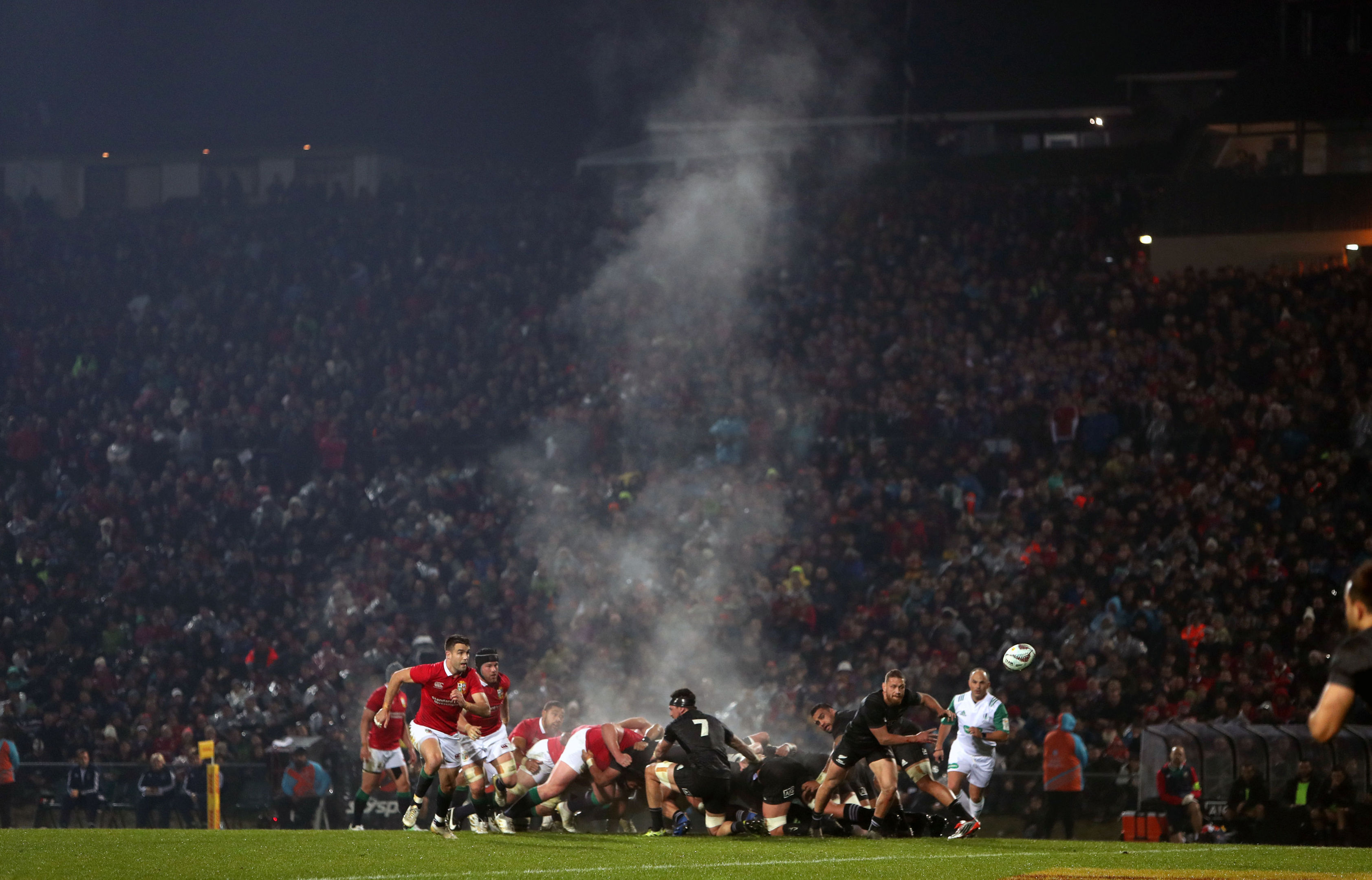 The Lions' setpiece play totally dominated the Maori All Blacks in Rotorua.