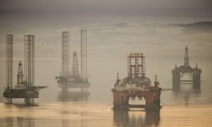 Oil 'mismanagement' blamed for Scotland's deficit