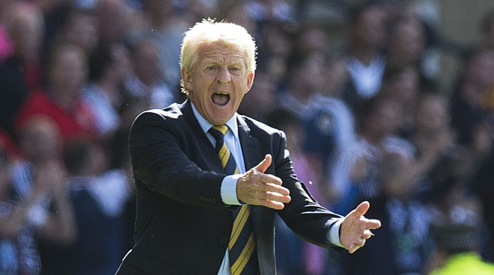 Gordon Strachan on the Hampden touchline.