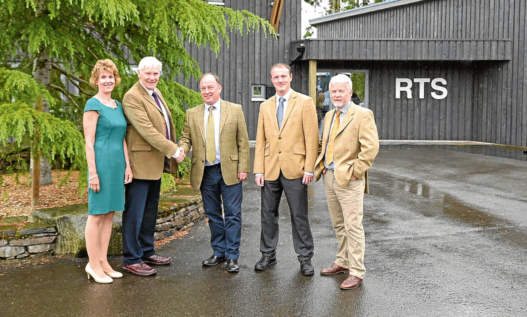 Alan and Heather Robbins hand over to RTS co-directors Norman O'Neill, Ross Kennedy and Harry Wilson.