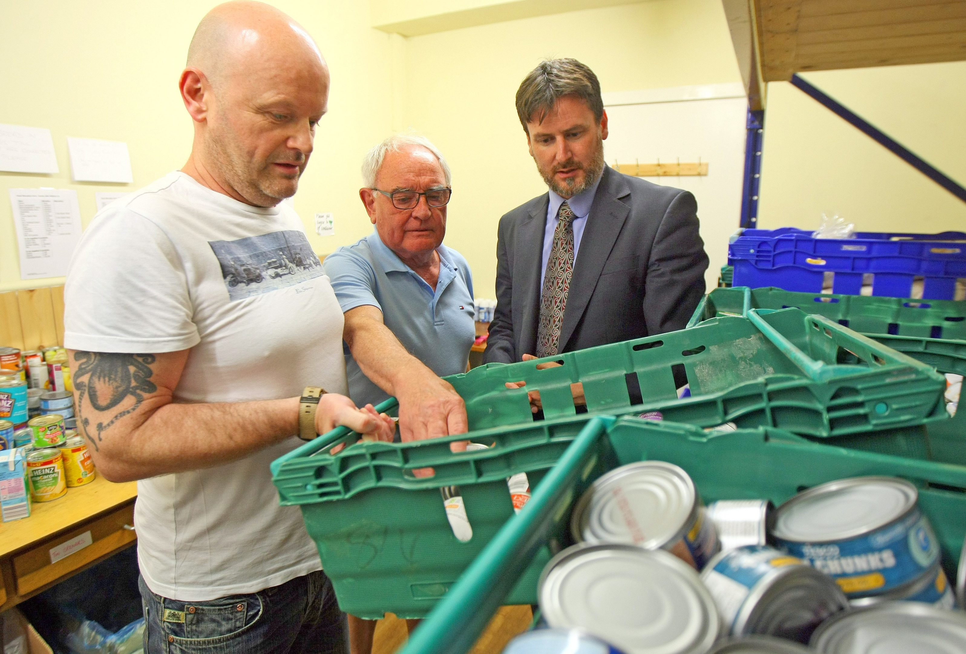 Bruce Adamson, Children and Young People's Commissioner for Scotland at Dundee Foodbank in 2017