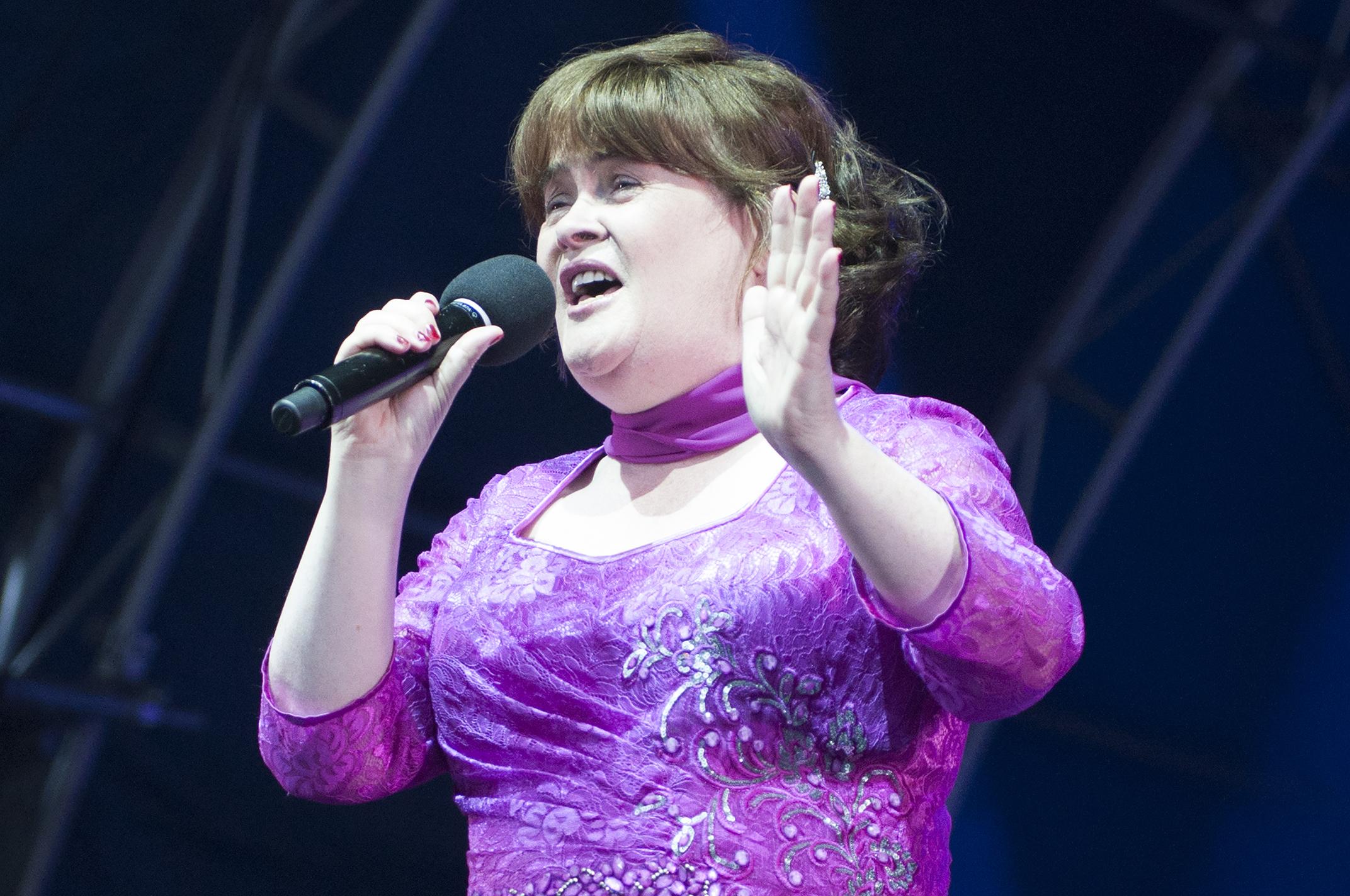 Susan Boyle performing at Glamis Prom