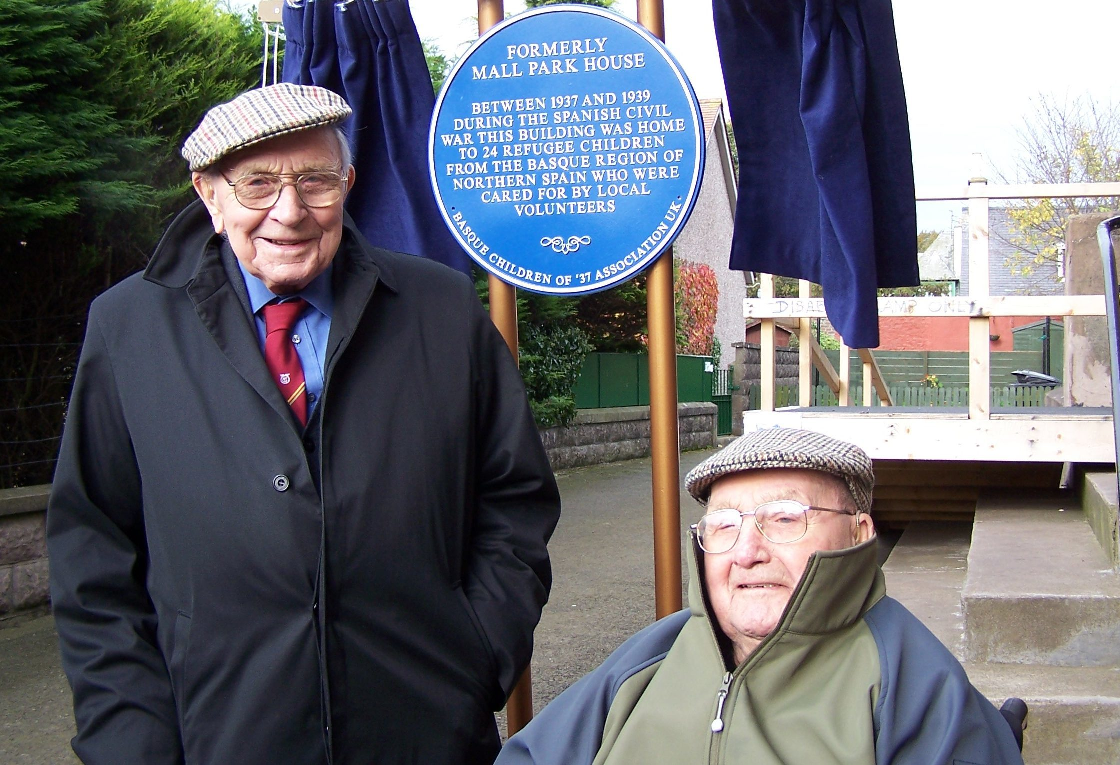 Taken at the unveiling of the commemorative plaque in Montrose in 2007. Picture shows (left) Jack Jones, the former general secretary of the Transport and General Workers Union, and volunteer at the time, Jack Edwards.