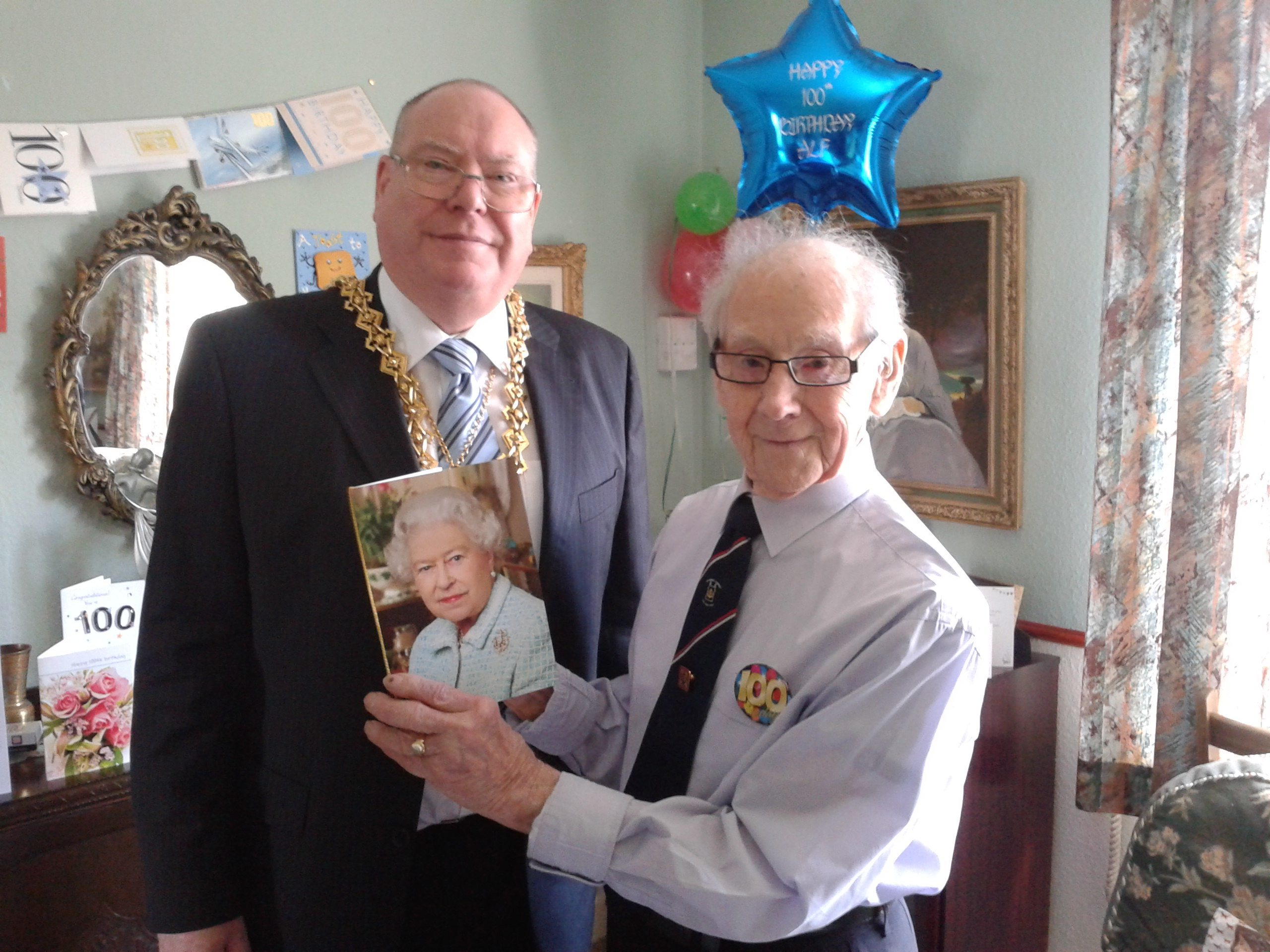 Alf Downton at his 100th birthday celebration with  Bob Duncan, who was Lord Provost at the time.