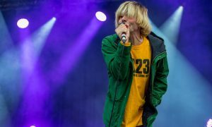 The Charlatans frontman backs Dundee's 2023 European Capital of Culture bid