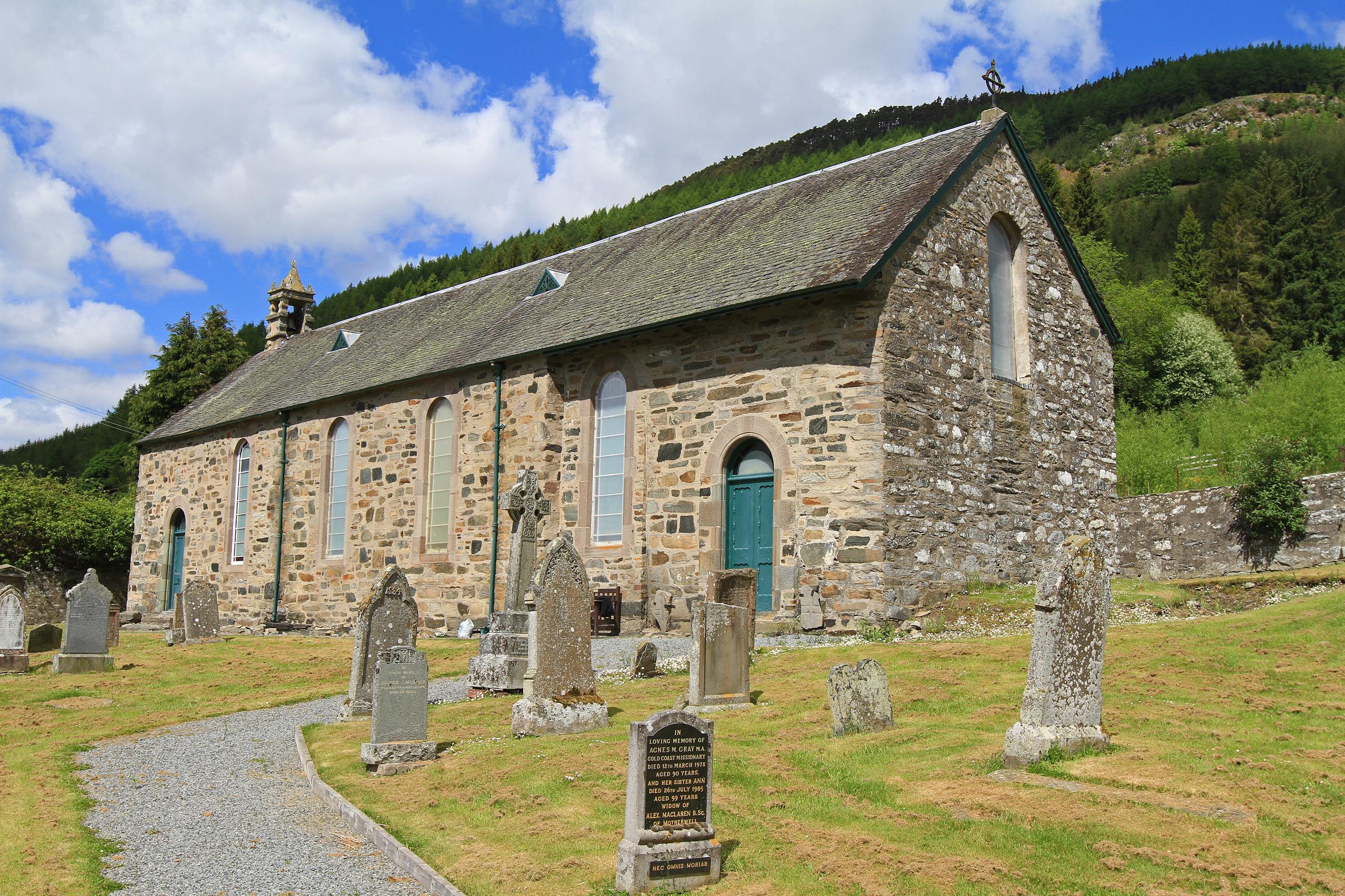 Dull parish church