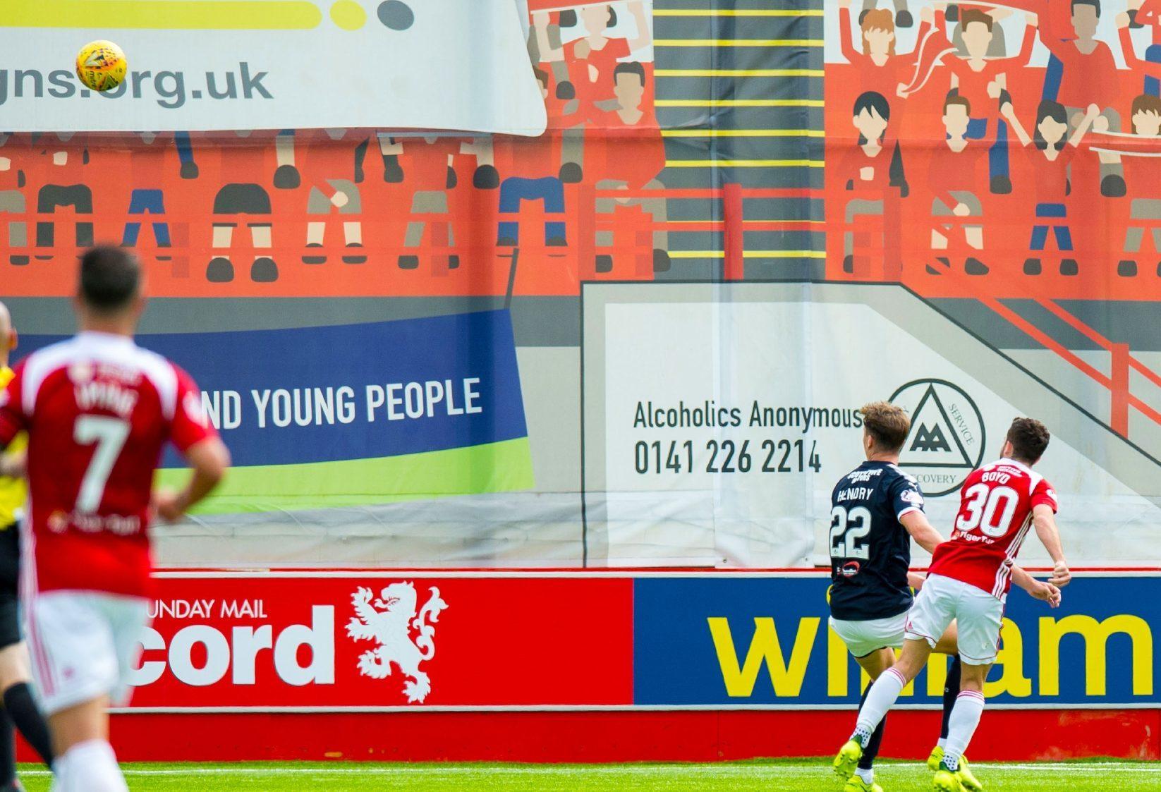 Steven Boyd scores Hamilton's second goal.