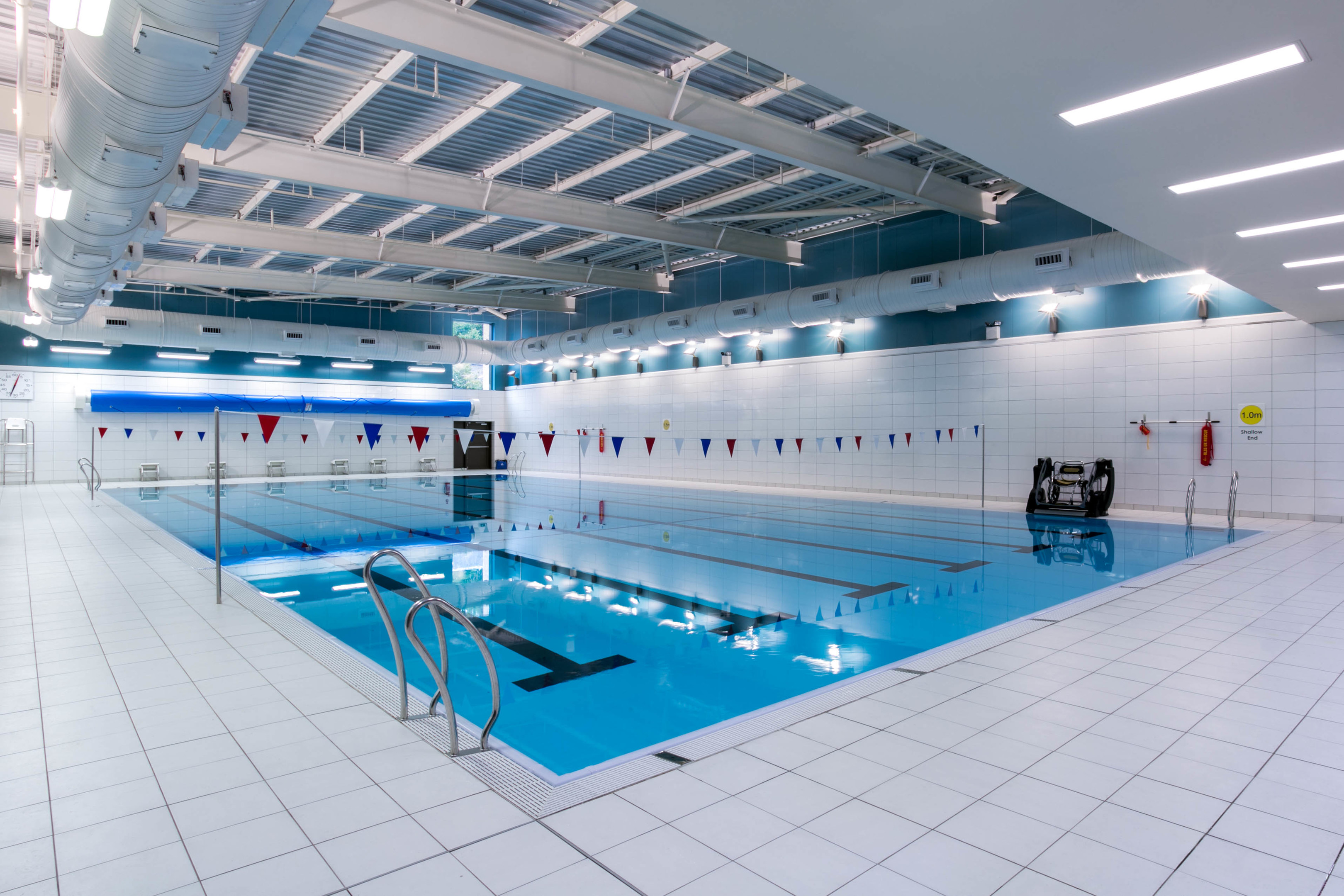 Sports Swimming Pools : Popular dundee swimming pool to close for maintenance